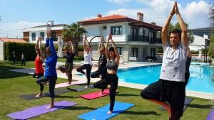 Canan Korkmaz ile Nea Garden Otel'de  Alaçatı'da yoga ve sanat kampımızdan bir kare