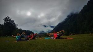 Ayder Yaylası'nda Canan Korkmaz ile bulutların Arasında Sabah Yogası