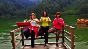 Uluslararası Yoga Alliance Eğitmeni Canan Korkmaz ile Göktürk ve Kemerburgaz'da yoga dersleri başlamıştır.