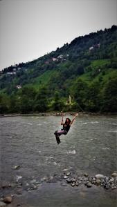 Karadeniz Yoga Kampınd, Fırtına Deresi'nde Zipline da Yaptık