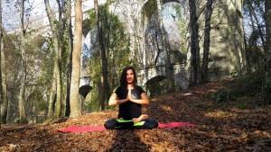 Güne meditasyon, nefes ve yoga egzersizleri ile başlayın. Göktürk İstanbul The Power Lab'de derslerimiz başladı.