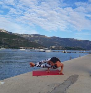 Будва, Здоровый образ жизни, йога, персональные занятия, Подгорица, спорт, уроки йоги, учитель йоги, фитнес, Черногория