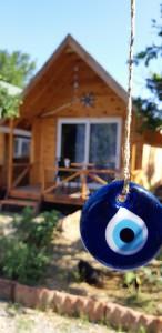 Dalyan yoga tatilimiz boyunca bu şirin bungalowlarda kalacağız.