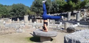 Canan Yıldırım eğitmenliğinde İzmir'den Dalyan'a yoga kampımızda Kaunos Antik Kentini de ziyaret ettik.