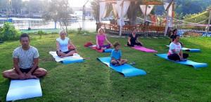 İzmir'den Dalyan'a huzur yolculuğu. Yoga kampımızda sabah meditasyonu ve yogası.