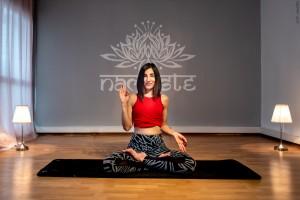 Canan Yıldırım ile yoga, pranayama, nefes, meditasyon, spiritüel yaşam koçluğu, kilo kontrolü ve daha bir çok program online olarak her yerde ve İzmir Alsancak'ta sizi bekliyor.
