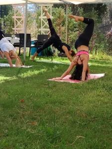 Canan Yıldırım ile İzmir Güzelbahçe'de yoga ve kahvaltı etkinliği